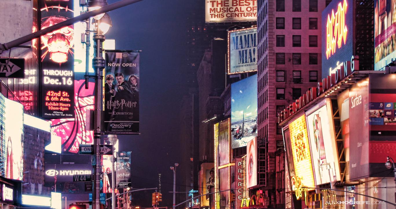 New_York_Time_Square_4_Alexhogrefe